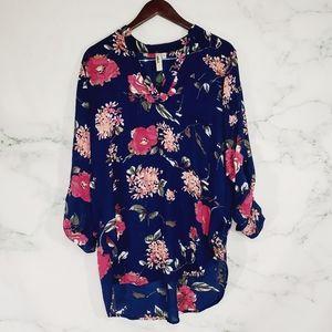 Sale 4/$30 Lara Floral Hi Lo Blouse Size Small